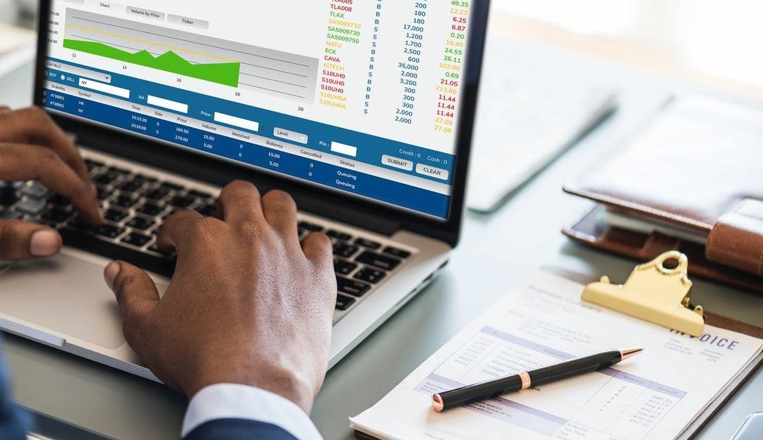 Externaliser sa comptabilité : une solution répondant aux besoins des petites entreprises