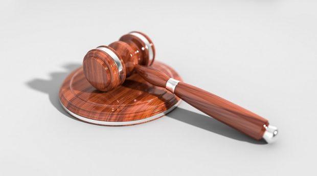 Eric Albou Huissier de justice : pourquoi recourir à ses services ?