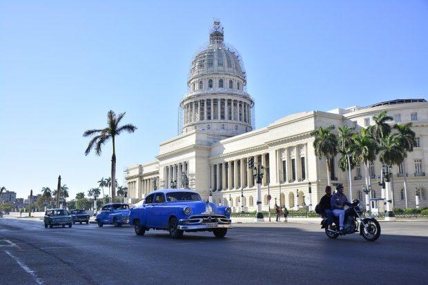 Comment littéralement s'assurer un voyage sans souci vers le Cuba ?